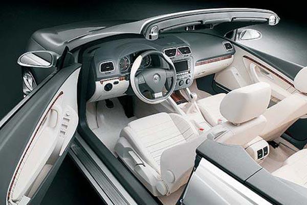 Интерьер салона Volkswagen Concept C