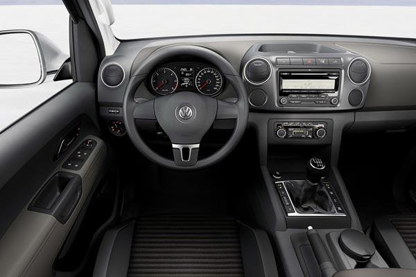 Интерьер салона Volkswagen Amarok