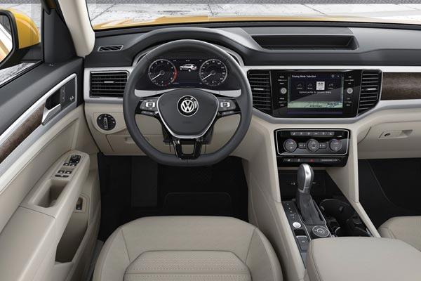 Интерьер салона Volkswagen Teramont