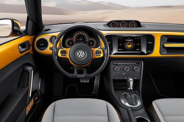 Интерьер салона Volkswagen Beetle Dune Concept
