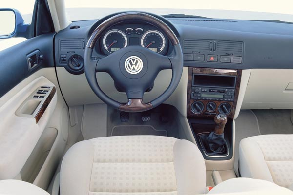 Интерьер салона Volkswagen Bora