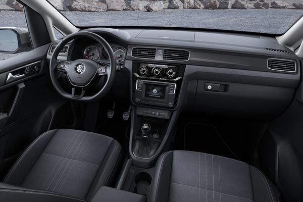 Интерьер салона Volkswagen Caddy Alltrack