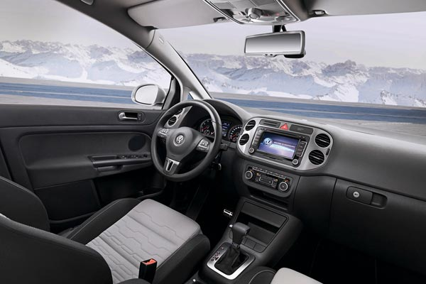Интерьер салона Volkswagen CrossGolf