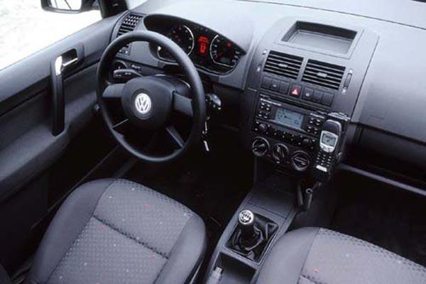 Интерьер салона Volkswagen Polo 3-Door