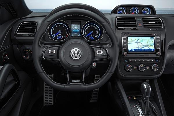 Интерьер салона Volkswagen Scirocco R