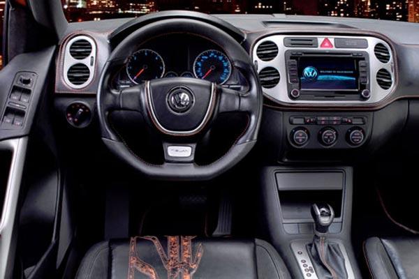 Интерьер салона Volkswagen Tiguan Concept