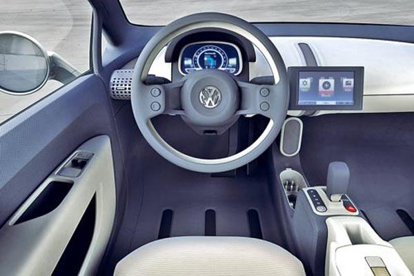 Интерьер салона Volkswagen Space up!