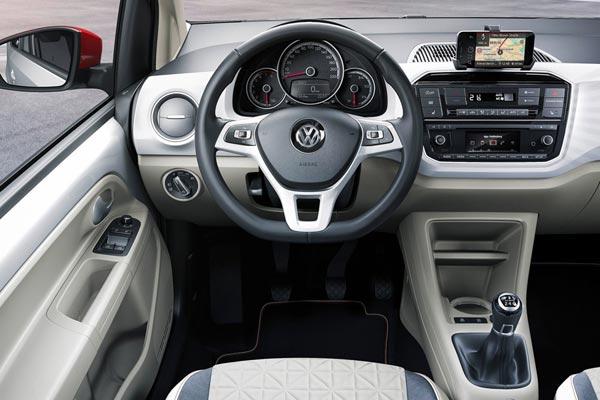Интерьер салона Volkswagen Up