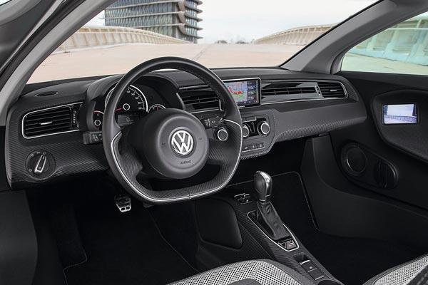 Интерьер салона Volkswagen XL1