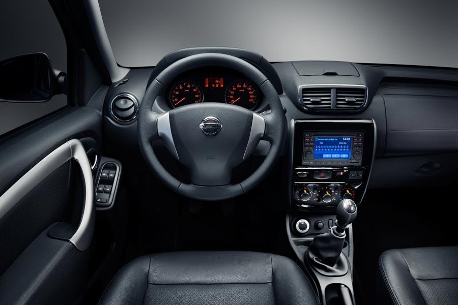 Фото салона Nissan Terrano. Интерьер Nissan Terrano