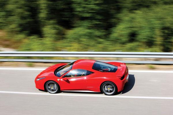 Видео Ferrari 458 Italia.