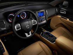 Интерьер нового Dodge Durango. Фото Dodge