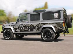 Land Rover Defender с V8. Фото Twisted
