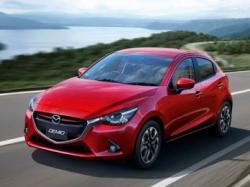Mazda2. Фото Mazda