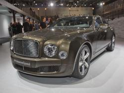 Bentley Mulsanne Speed. Фото с сайта worldcarfans.com