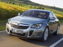 Opel Insignia OPC.  Фото Opel