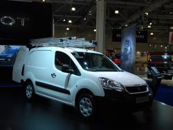 Обновленный фургон Peugeot Partner. Фото CarExpert.ru