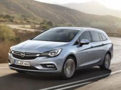 Opel Astra Sports Tourer. Фото  Opel