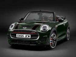 Mini John Cooper Works Convertible. Фото MINI