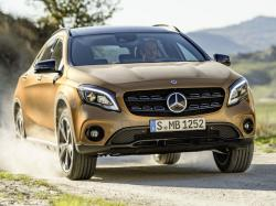 Mercedes-Benz GLA 2017. Фото Mercedes-Benz
