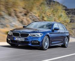BMW 5-Series Touring 2017. Фото BMW