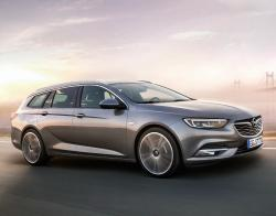 Opel Insignia Sports Tourer 2017. Фото Opel