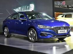 Hyundai Lafesta. Фото Maxabout News