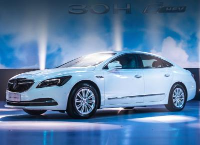 Buick  LaCrosse Hybrid Electric Vehicle. Фото Buick