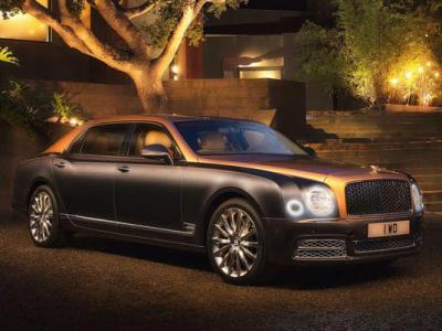 Bentley Mulsanne EWB. Фото  Bentley