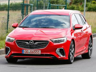 Opel Insignia Sports Tourer GSi. Фото Motor Authority