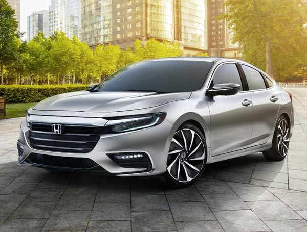 Honda Insight 2018. Фото Honda