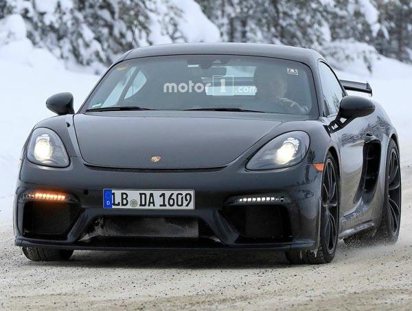Porsche 718 Cayman GT4. Фото Motor1