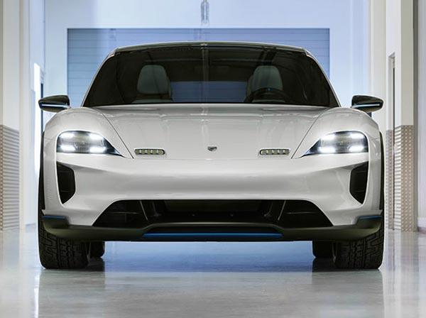 Porsche Mission E Cross Turismo. Фото Porsche