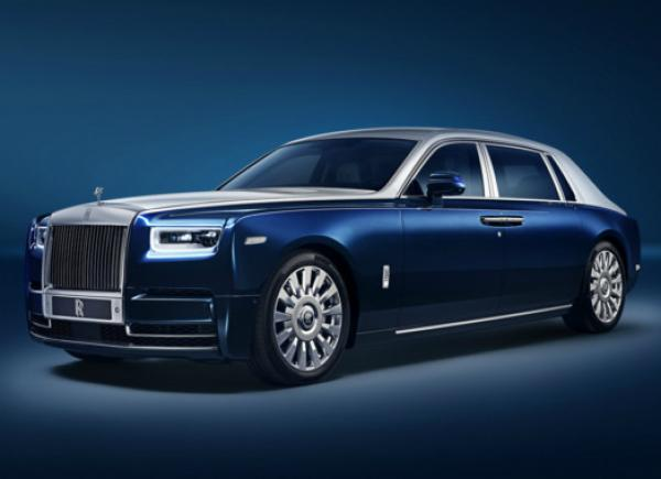 Rolls-Royce Phantom Privacy Suite. Фото Rolls-Royce