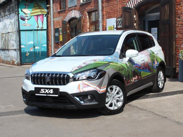 Suzuki SX4 by Anatoly Akue. Фото CarExpert.ru