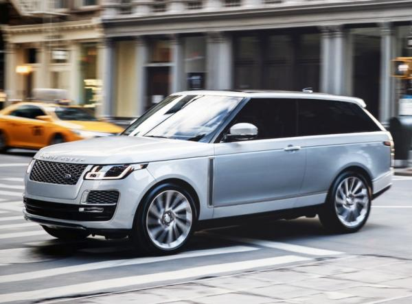 Range Rover SV Coupe. Фото Land Rover