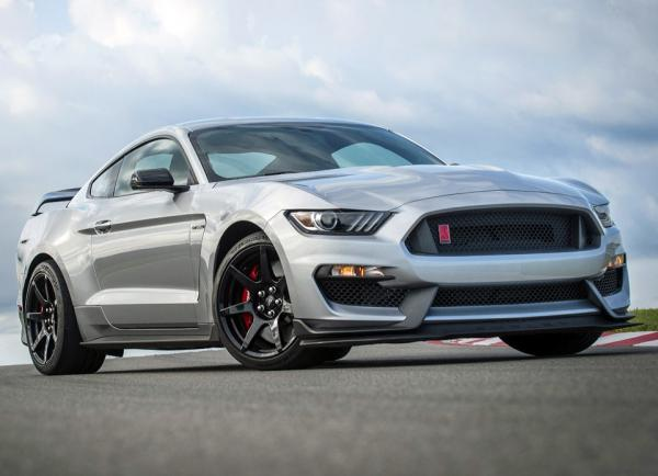 Ford Mustang Shelby GT350R. Фото Ford