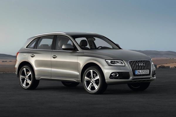 Audi Q5 выпускался как с бензиновыми, так и с дизельными турбомоторами. Но владельцы дизельных версий не спешат расставаться со своими машинами, либо такие экземпляры стоят дороже