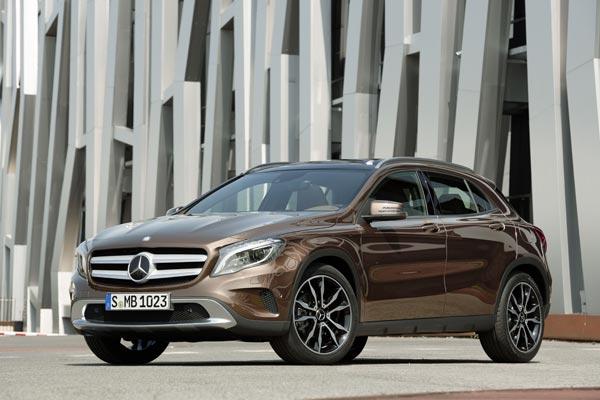 Mercedes-Benz GLA обладает отличными ходовыми качествами, но при этом у него маленький дорожный просвет