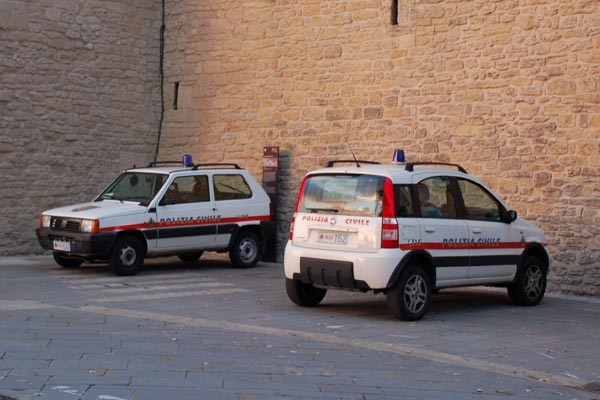 В полиции Сан-Марино работают исключительно Fiat Panda различных поколений