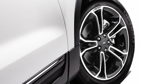 Ford Explorer Sport. 20-дюймовое алюминиевое колесо.