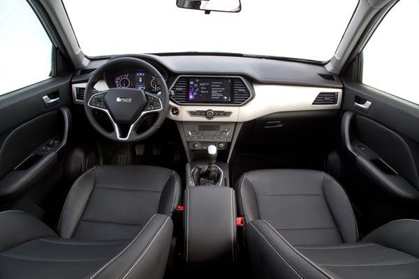 В максимальной комплектации водительское кресло оснащено электрическими регулировками по 6 направлениям