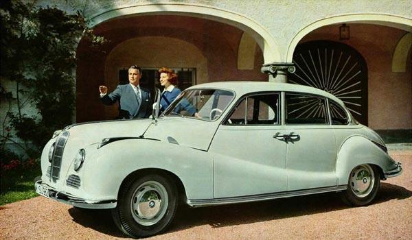 Первой в новой баварской серии пошла модель 501 – с рядной 2-литровой «шестеркой» под капотом.