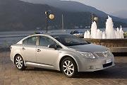 Добрый знакомый (Тест-драйв Toyota Avensis)