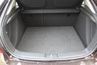 Объем багажника 413 л