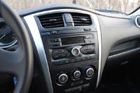 У Datsun on-DO стоит оригинальная передняя консоль, которая заметно освежила интерьер