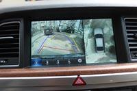 Система кругового обзора помогает на тесных парковках