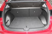Багажник в компактной Creta на удивление вместительный – его объем 402 л