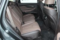 В максимальной комплектации предусмотрен подогрев задних сидений