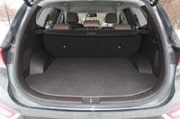 У пятиместной версии Santa Fe просторный багажник